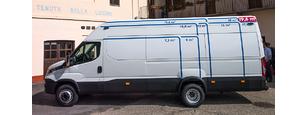 Iveco dobozos teherautó bérelhető